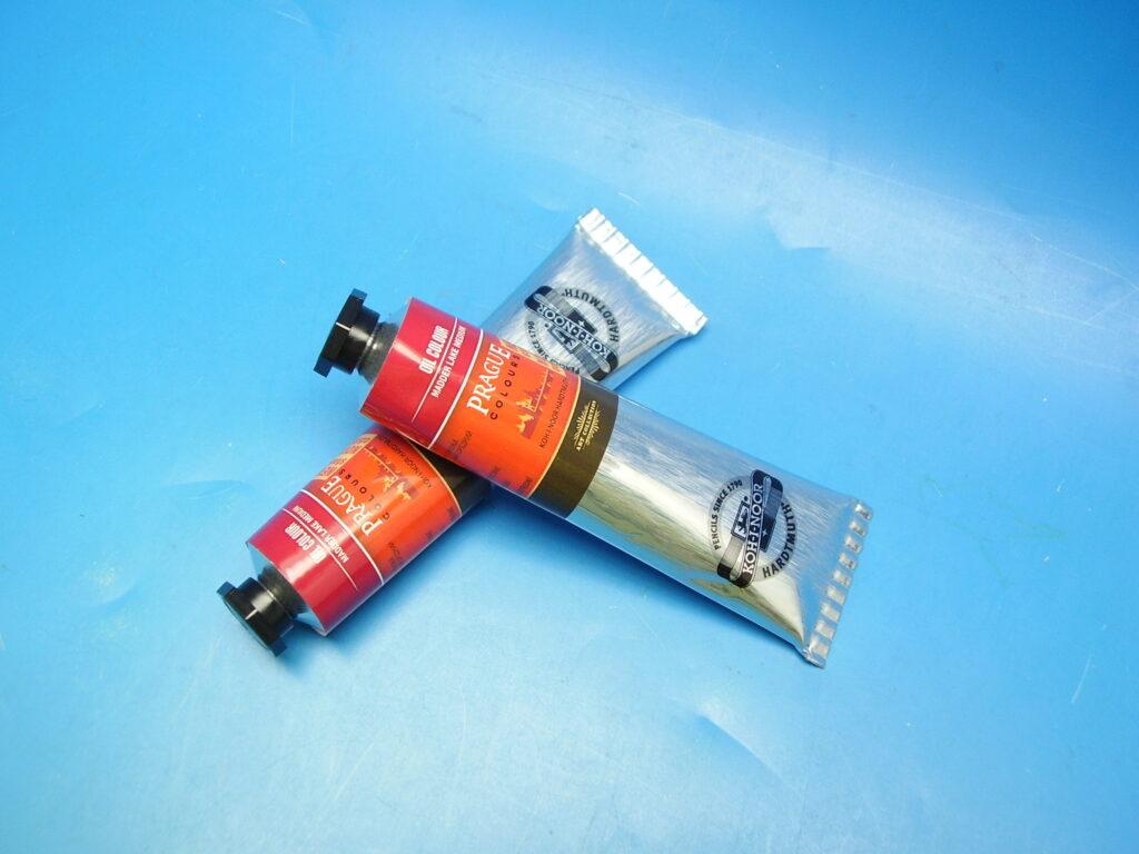 Barva 1617 / 332 40ml olej. červeň kraplaková střední