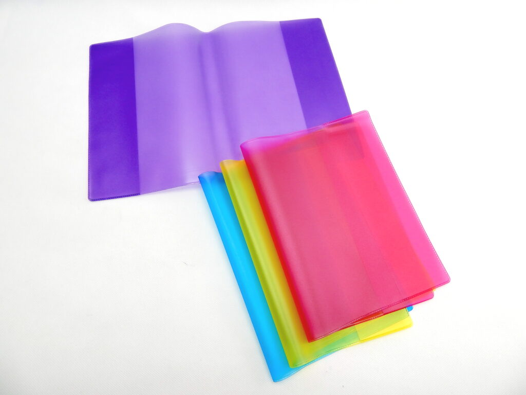 obal barevný na učebnici A5 BF