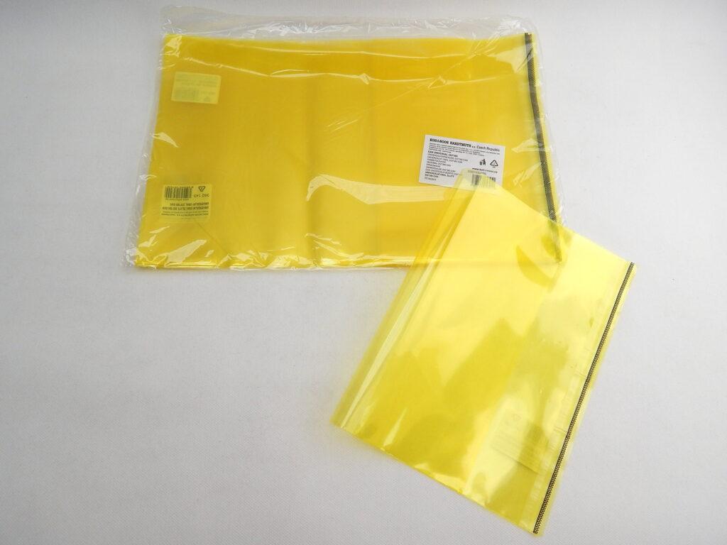 Obal 392143 univerzální 250x380 žlutý