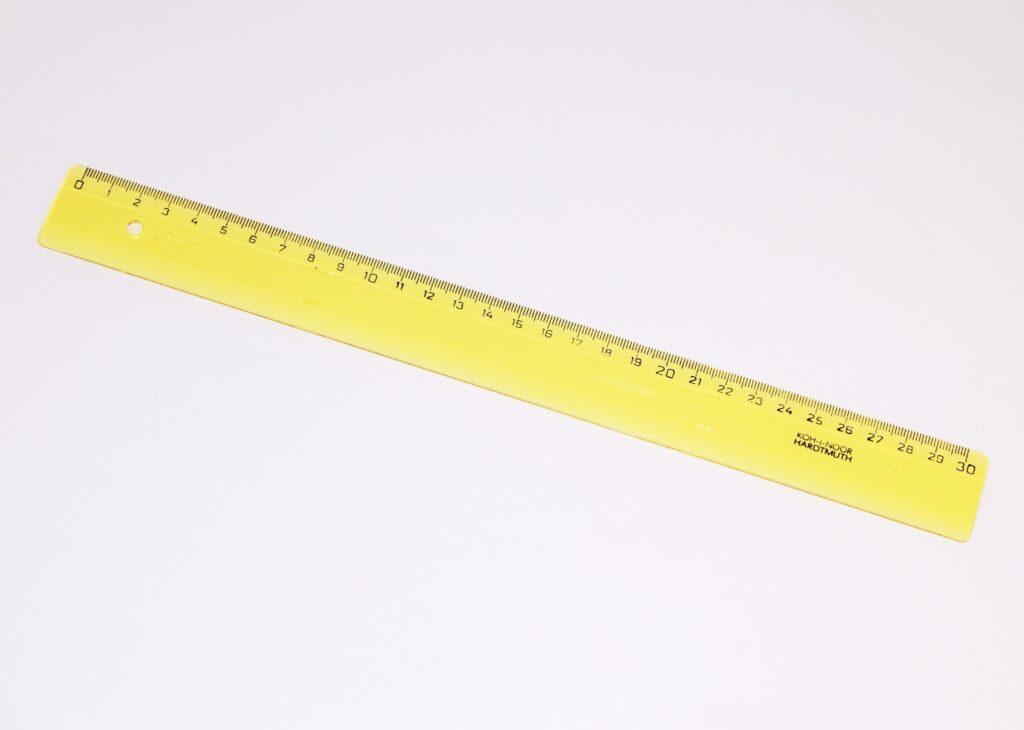Pravítko 742602 30 cm žluté