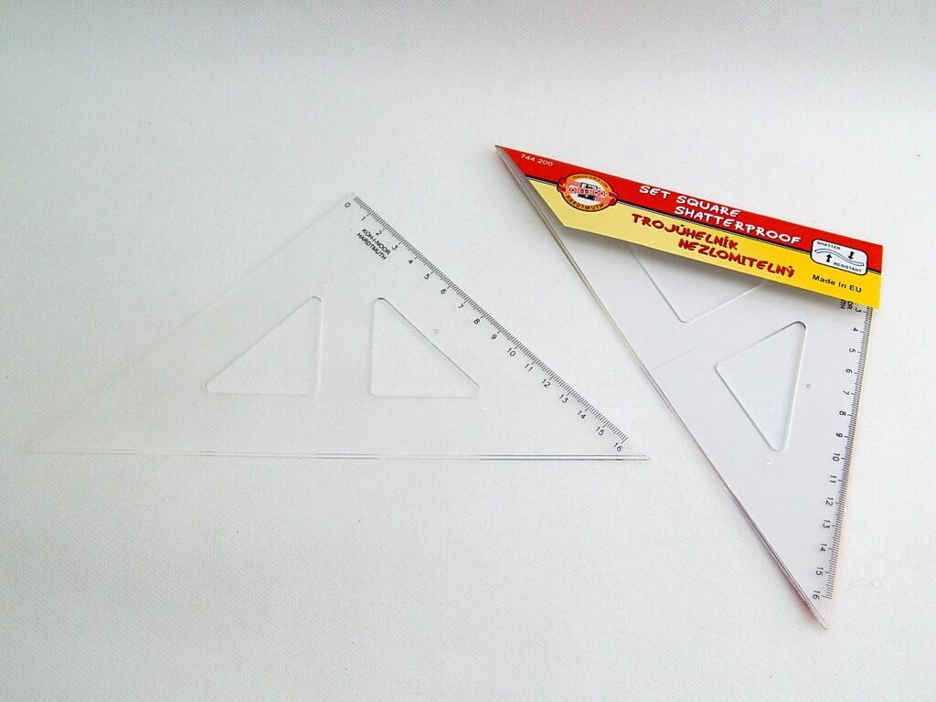 Trojúhelník 744200 45/177 nelámavý čirý