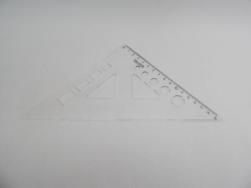 Trojúhelník 745518 45/177 čirý s výřezy