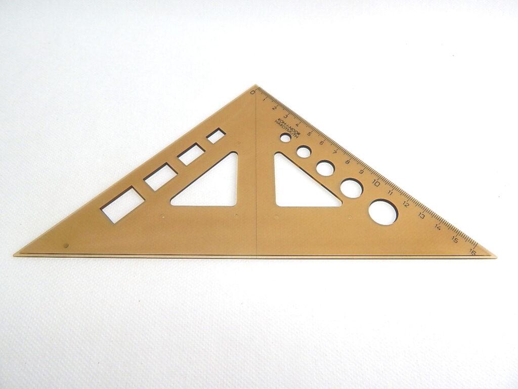 Trojúhelník 745519 45/177 kouř.s výřezy
