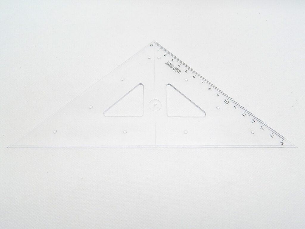 Trojúhelník 745558 45/177 čirý s kol.