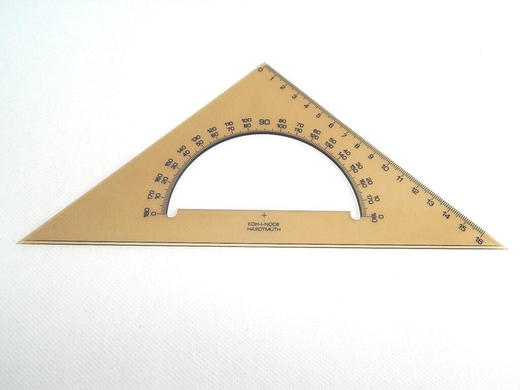 Trojúhelník 745640 45/177 s úhloměrem