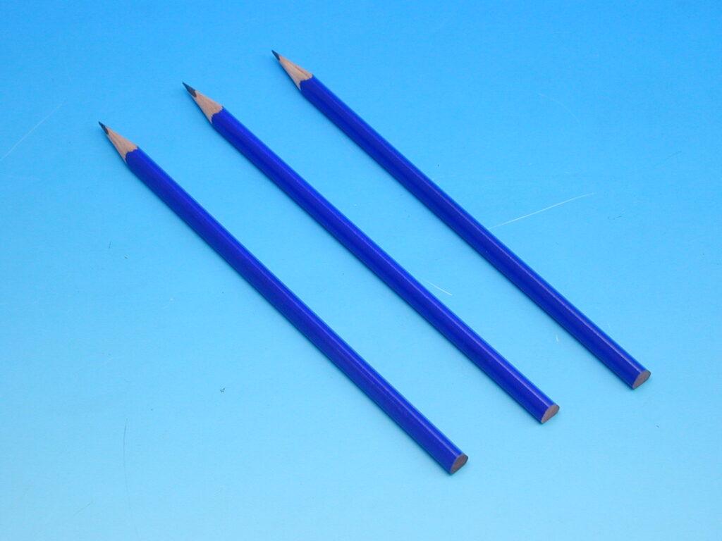 Tužka 1800 č.2 AVIATOR sv.modrý lak