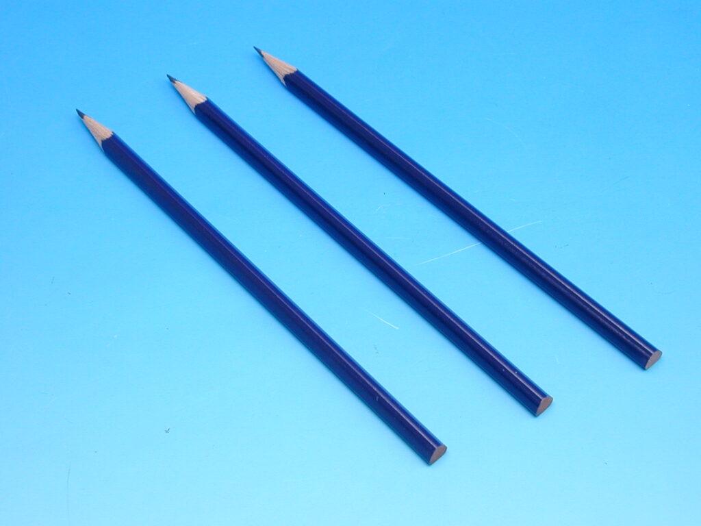 Tužka 1800 č.2 AVIATOR tm.modrý lak