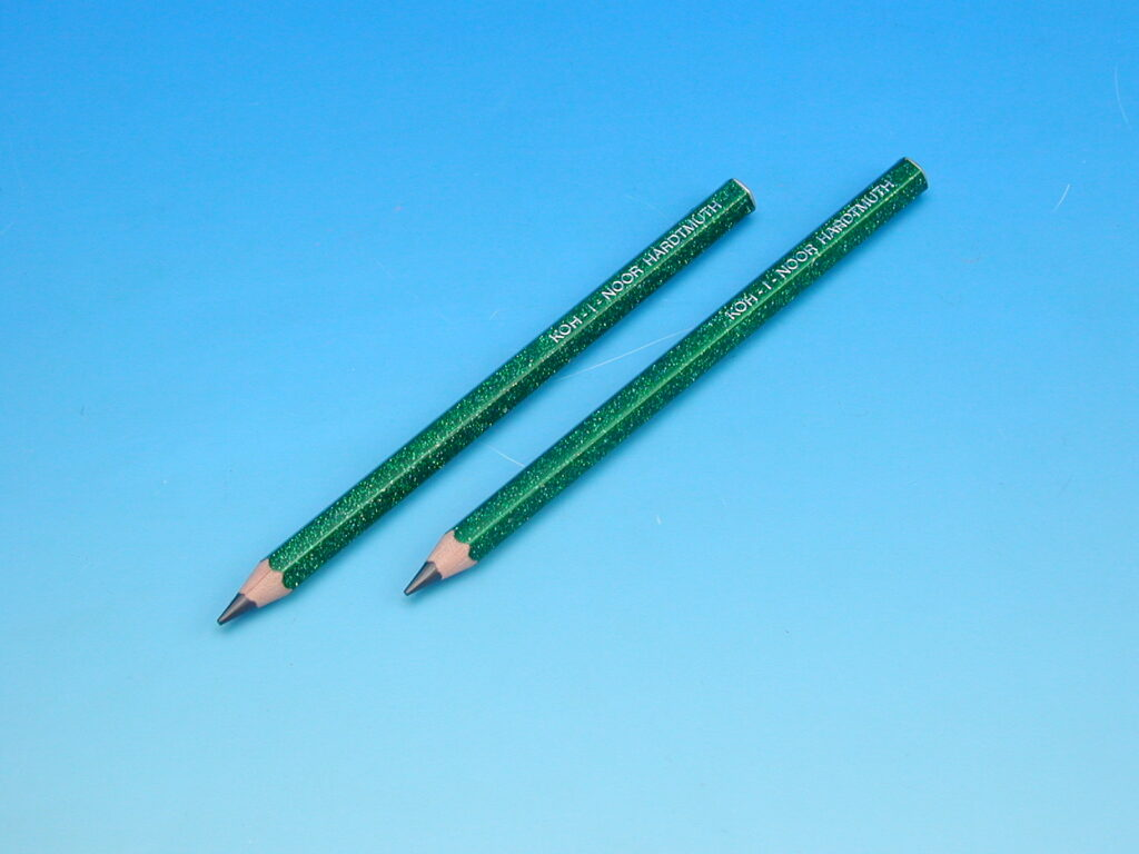 Tužka 1823 HB glitr zelená OK 10
