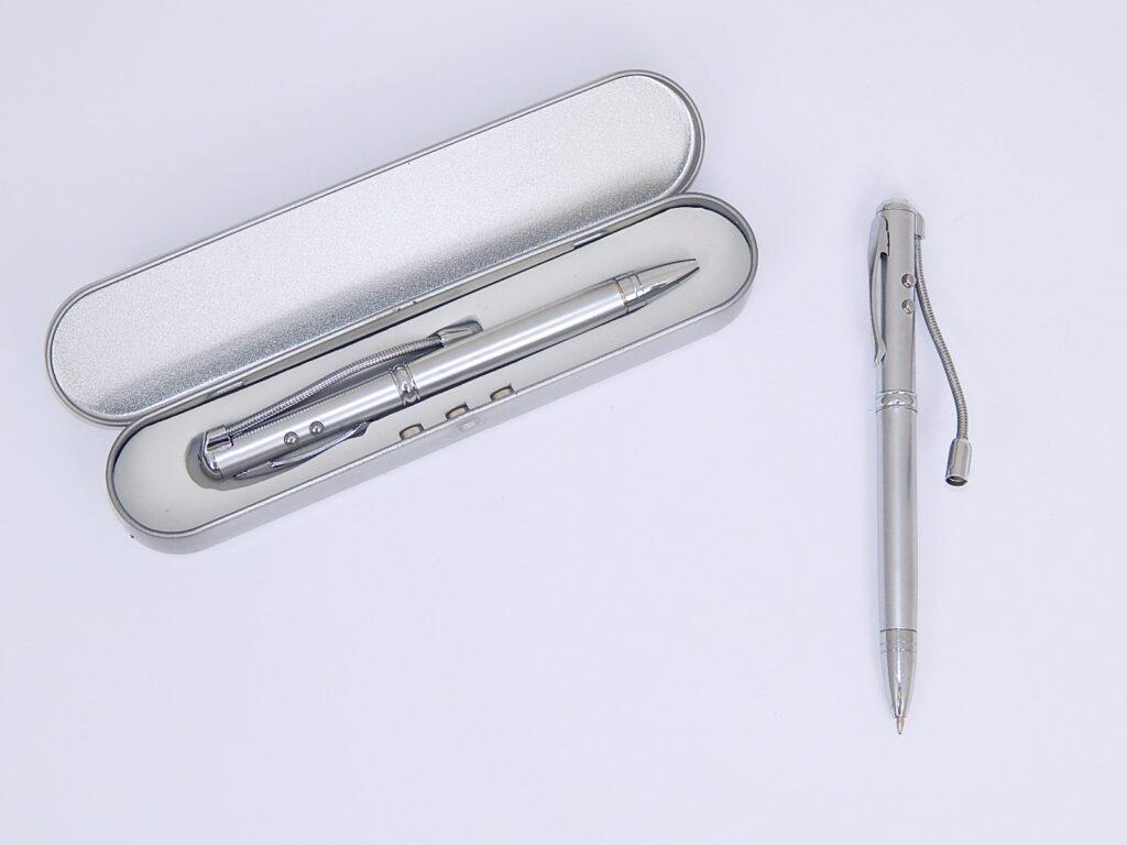 Pero kuličkové-standar.,neviditelným  inkous. a UV světlem/M-7324/