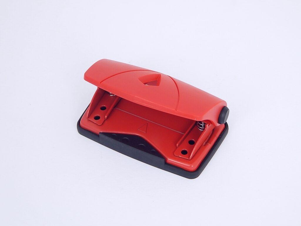 Děrovačka 802 malá červená
