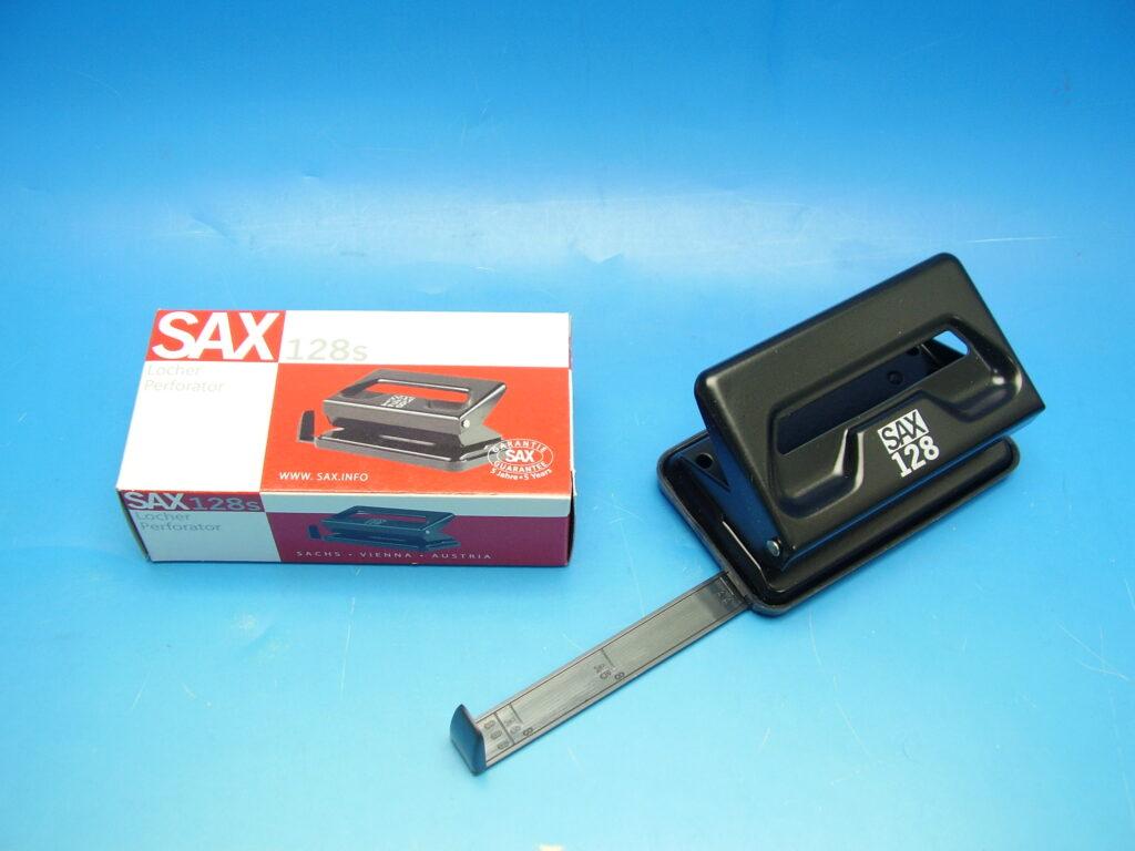Děrovačka SAX 128 černá