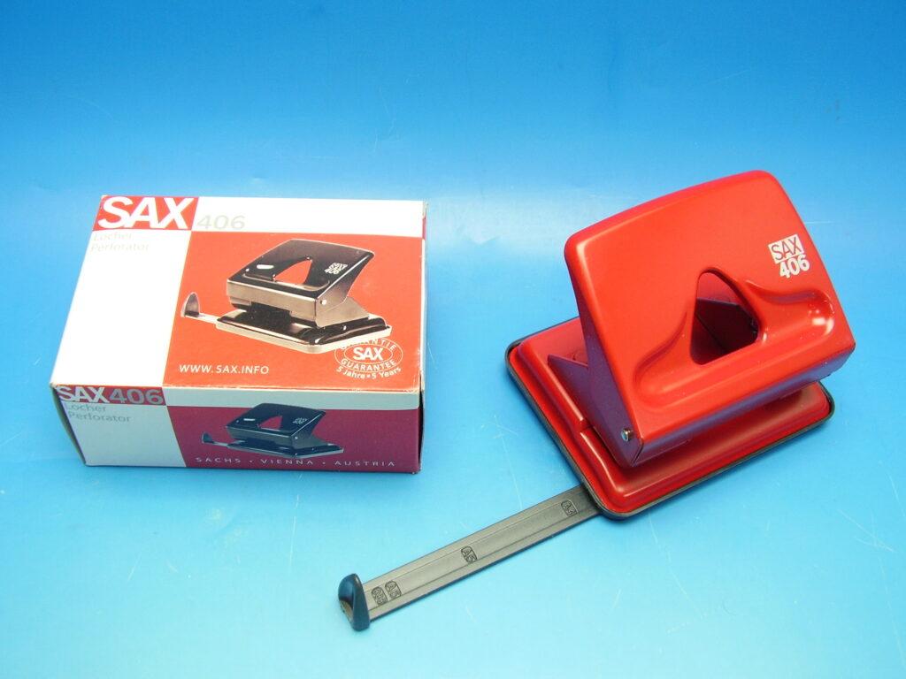 Děrovačka SAX 406 červená
