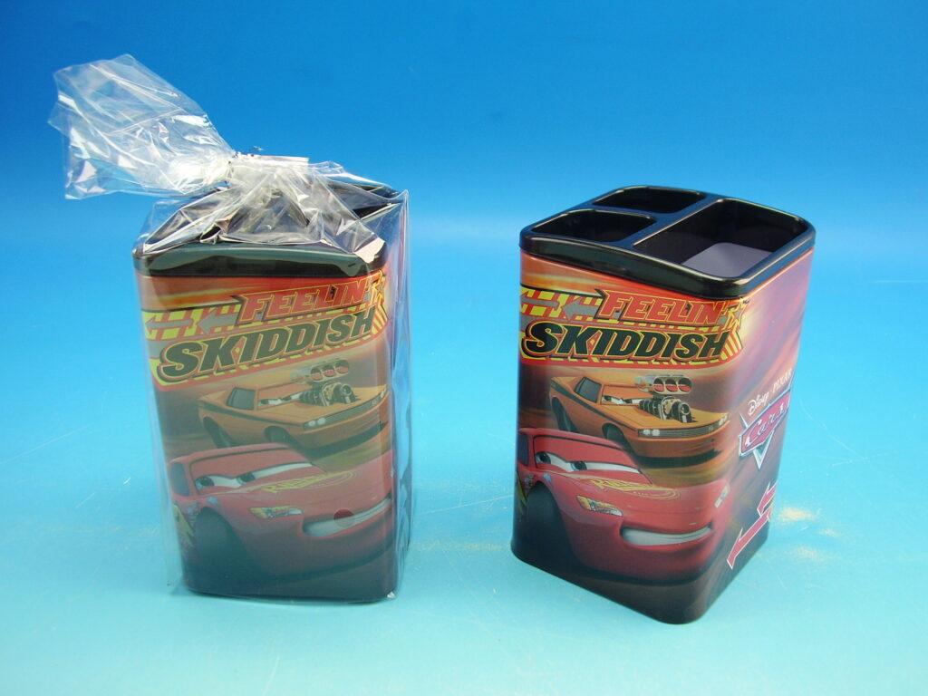 Stojánek na tužky plech CARS
