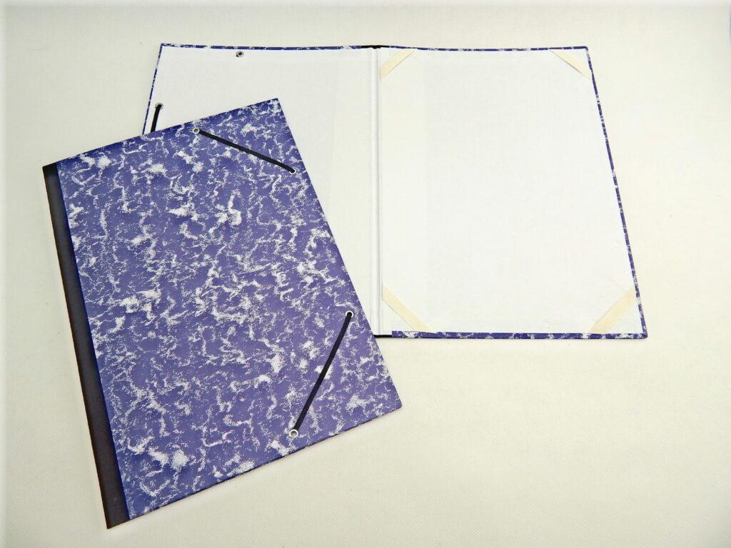 Desky na výkresy A4 gumička rožky