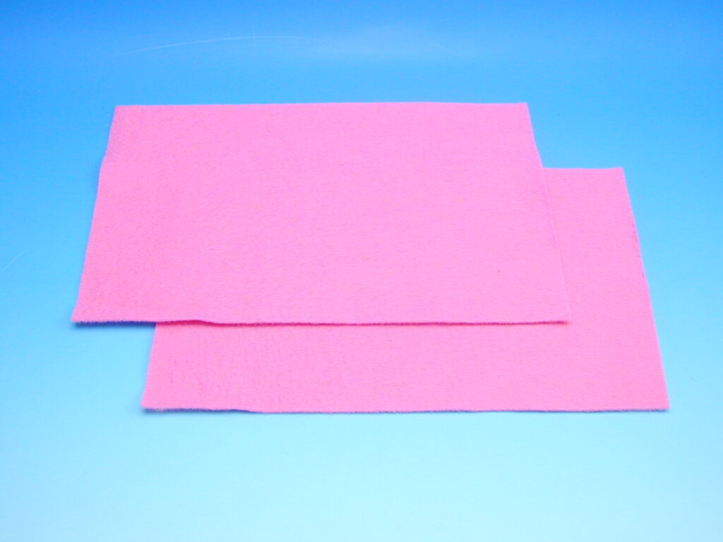 Plsť růžová 140g 20x30cm 870504