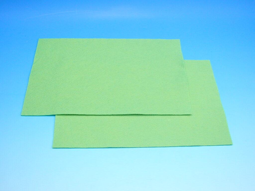 Plsť sv.zelená 140g 20x30cm 870508