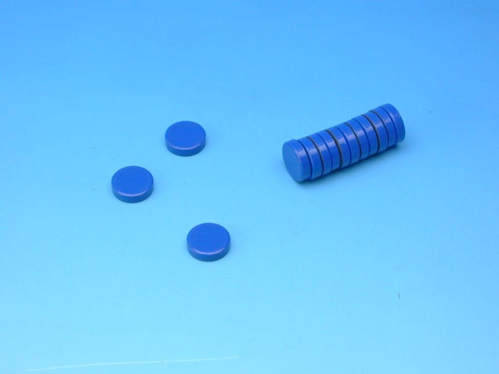 Magnet modrý průměr 2cm
