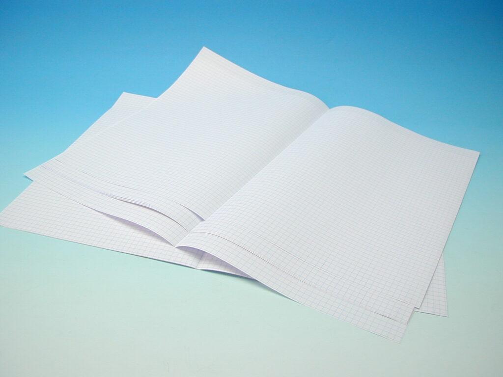 Papír A3 skládaný čtvereček