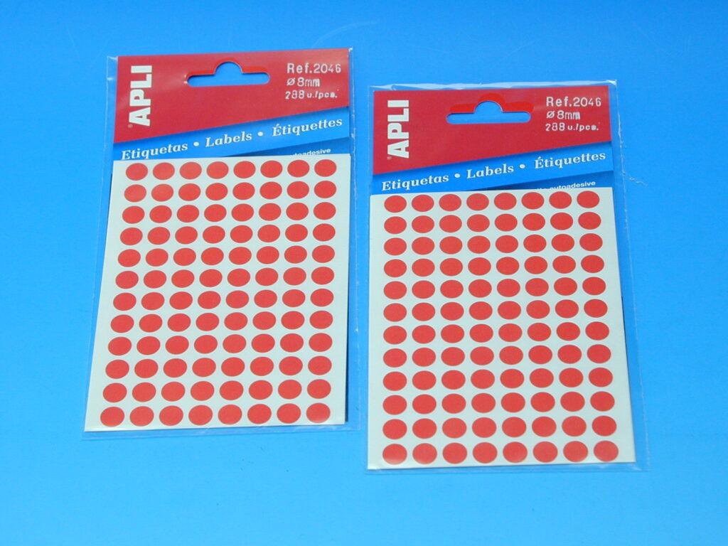 Etikety APLI pr. 8mm červené (2046)