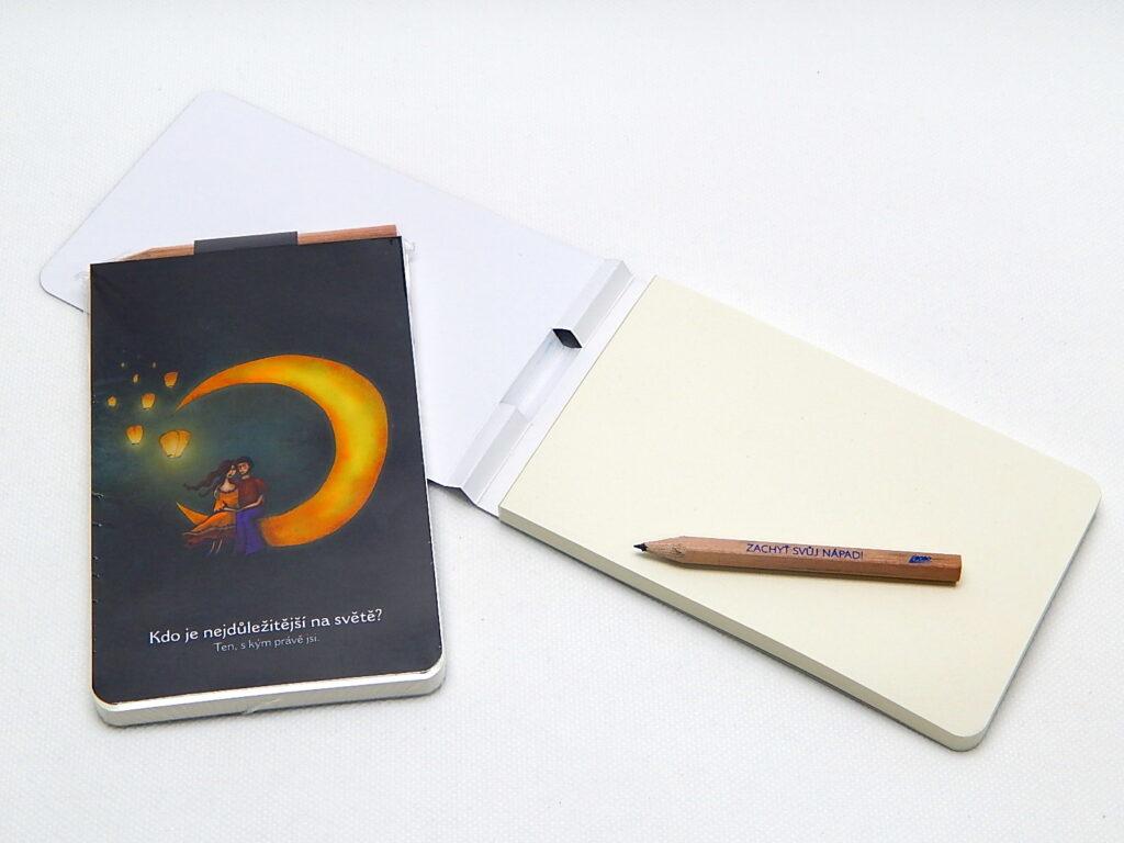 Bloček s tužkou a magnetem, 90 g, 9x15cm, Ko je nejdůležitější na světě