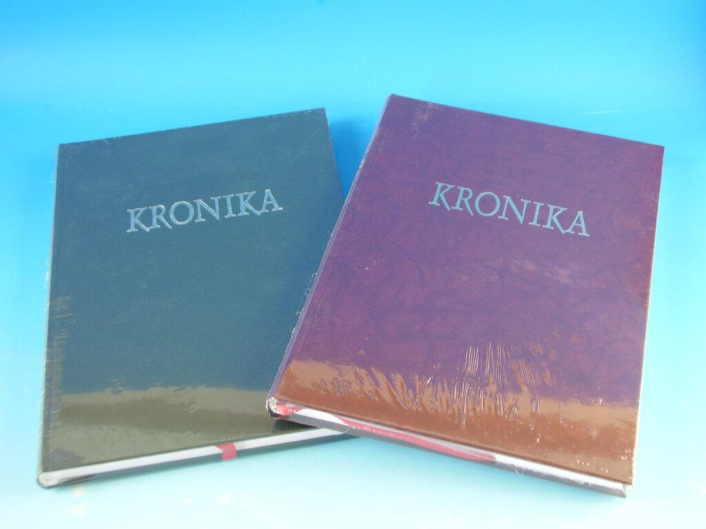 Kronika A4/100l 18010