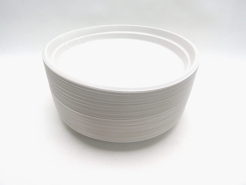 Talíř 22cm plastový bílý mělký 100ks /1254/