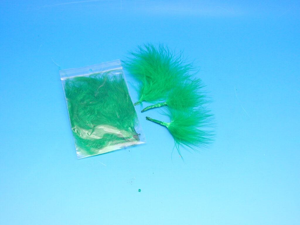 Peří MARABU 10ks tm.zelené 876407-10