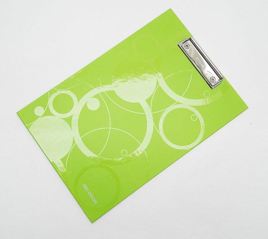Deska A4 jednoduchá lamino NEO COLORI zelená 2-943