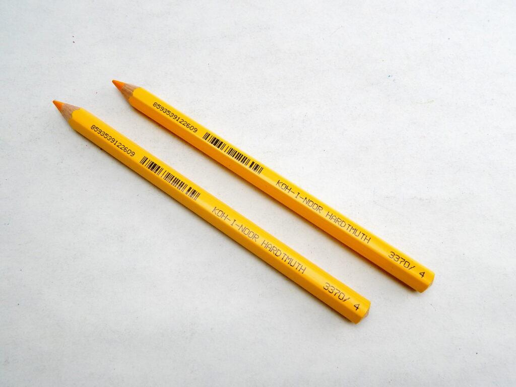 Pastelka 3370/4 tm.žlutá OK10