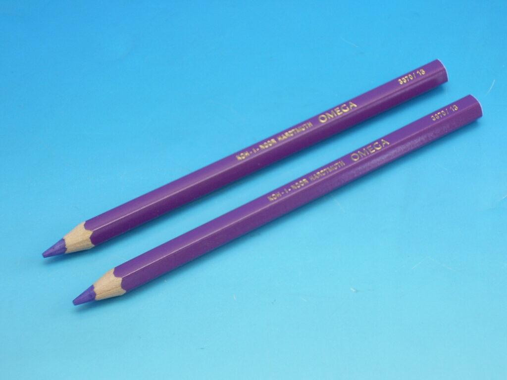 Pastelka 3370/13 fialová OK10
