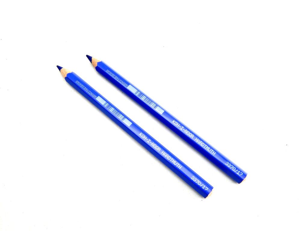 Pastelka 3370/17 modř kobalt OK10