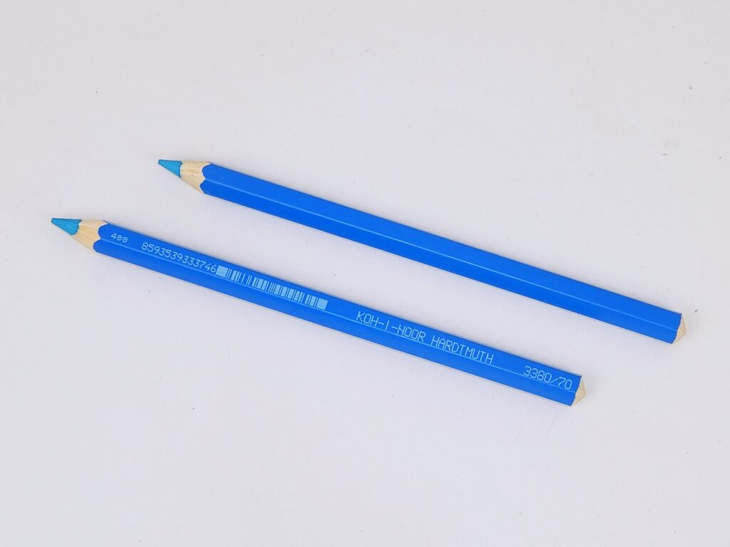 Pastelka 3380/70 modrá azurová OK 10