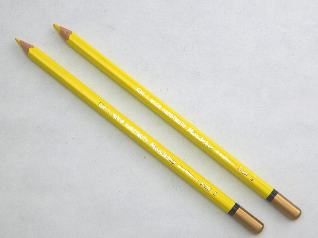 Pastelka 3720/02 sv.žlutá akvarelová OK7