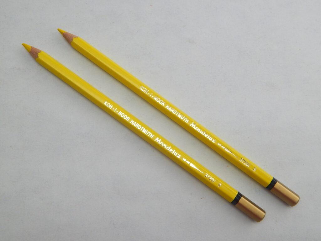 Pastelka 3720/03 žlutá akvarelová OK7