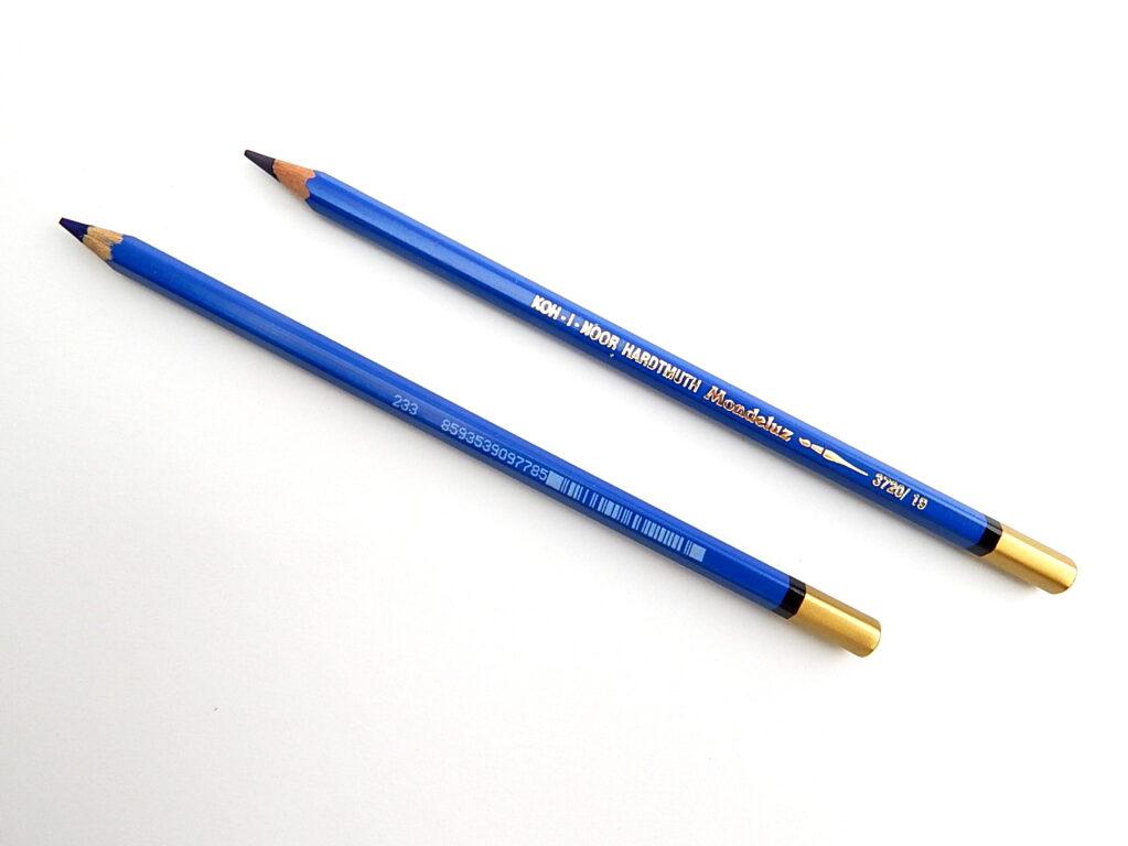 Pastelka 3720/19 tm.modř akvarelová OK7