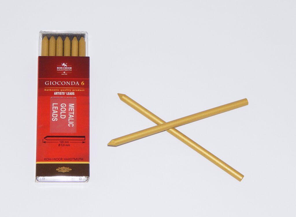 Tuha 4382 zlatá    pr.5,6mm