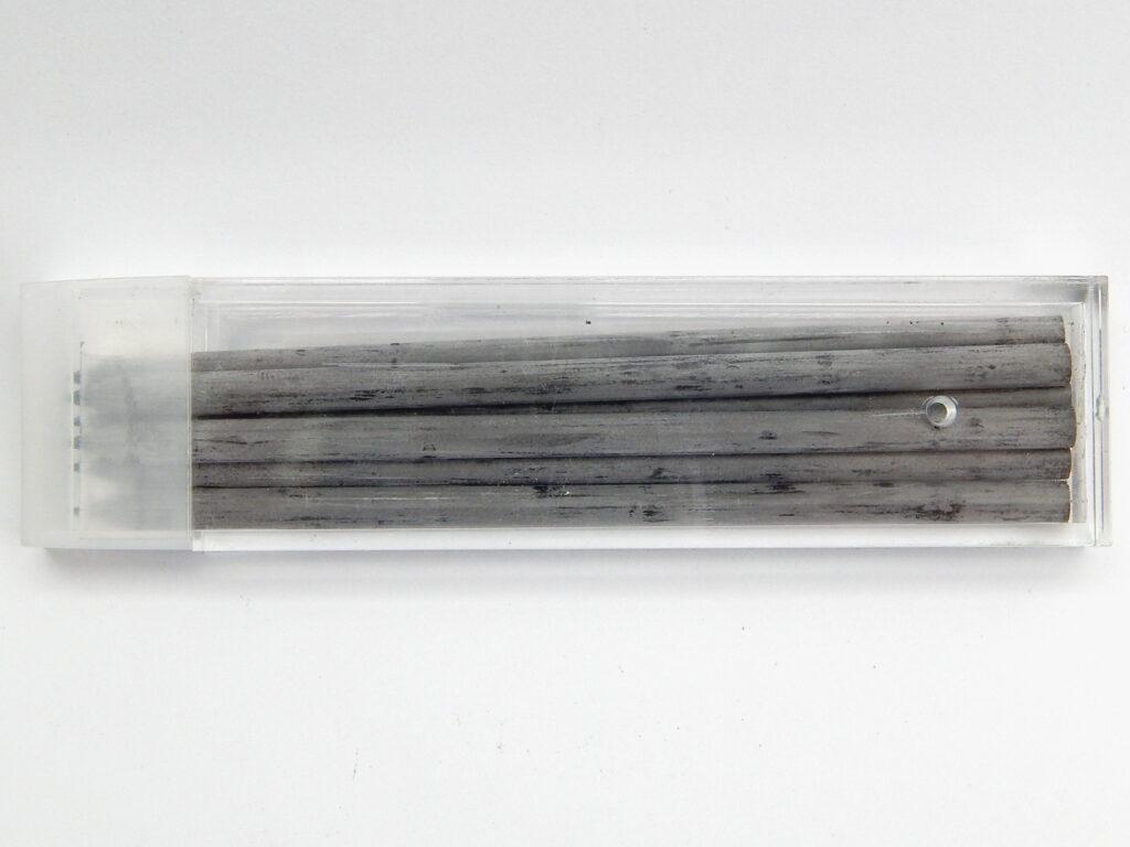 Tuhy 4820  2B pr.3,8mm   graf.