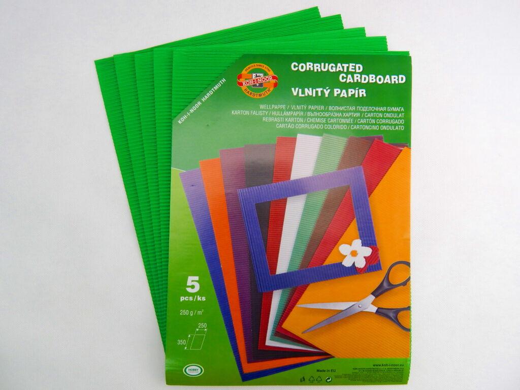 Vlnitý papír 9758 – zelený  740